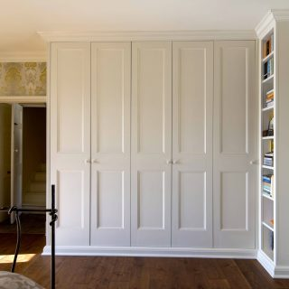 Traditional style fitted wardrobe, Bath Bristol