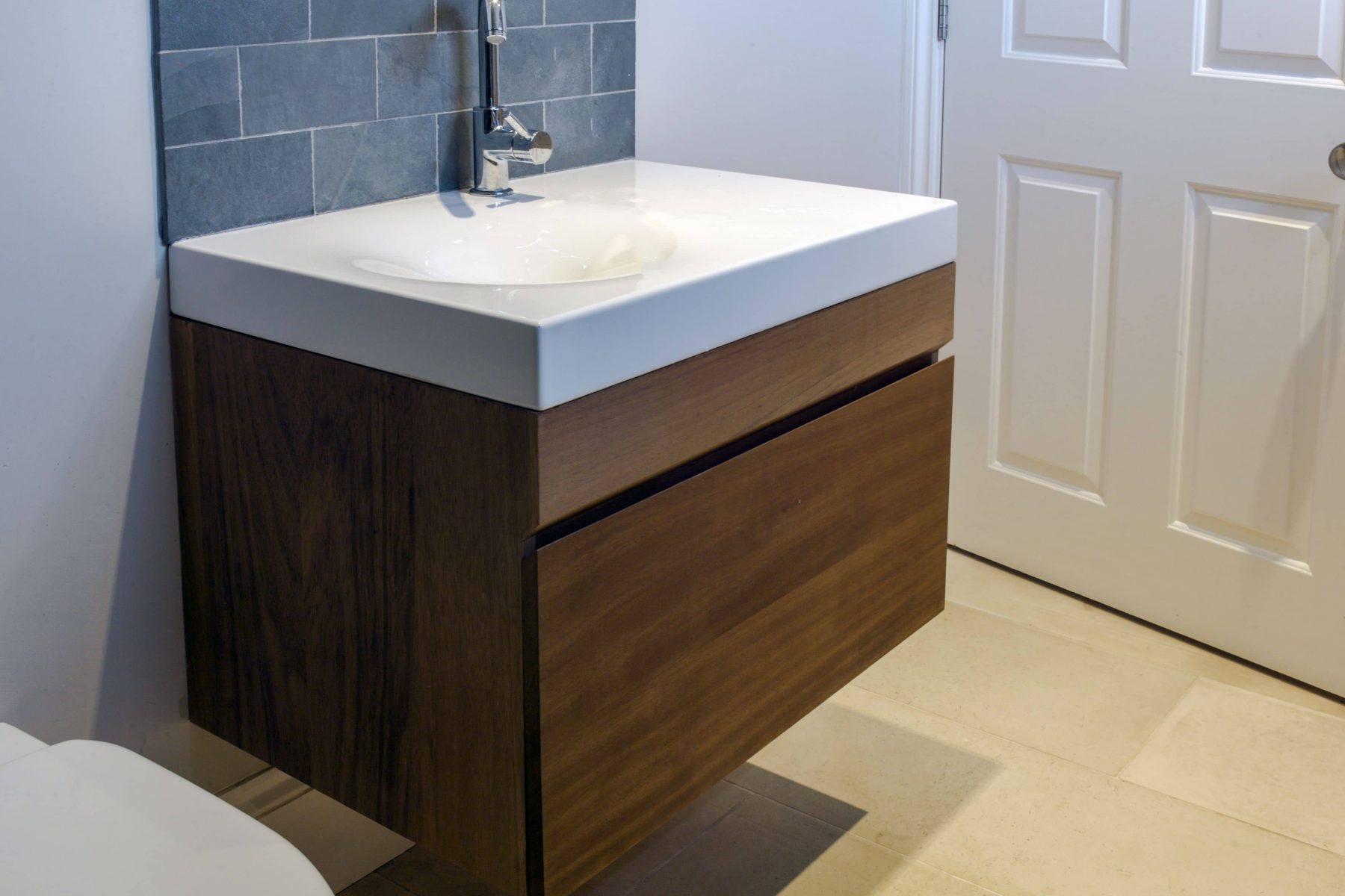 Modern cube bathroom sink
