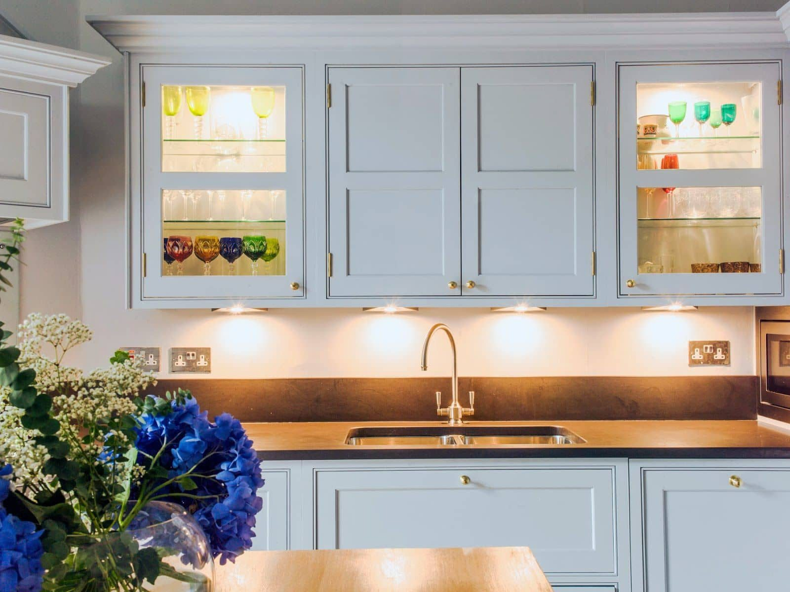 Traditional kitchen cupboards