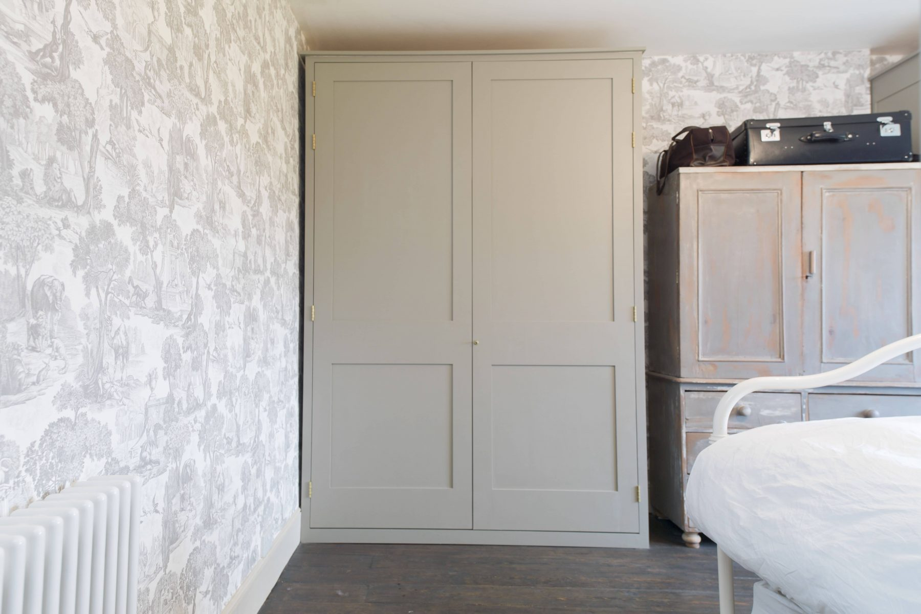 Fitted bedrooms bristol 28 images hand painted fitted for B q bedrooms fitted