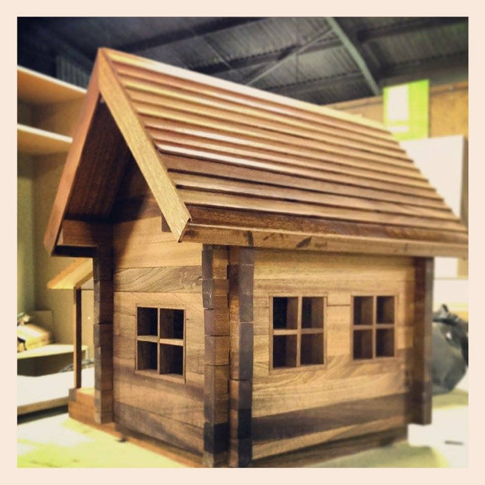 Arkadiusz miniature wooden house