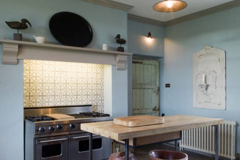 Industrial chic kitchen cabinets made from reclaimed oak