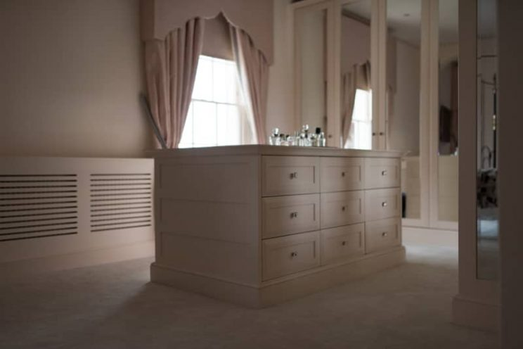 Georgian pink chest of drawers