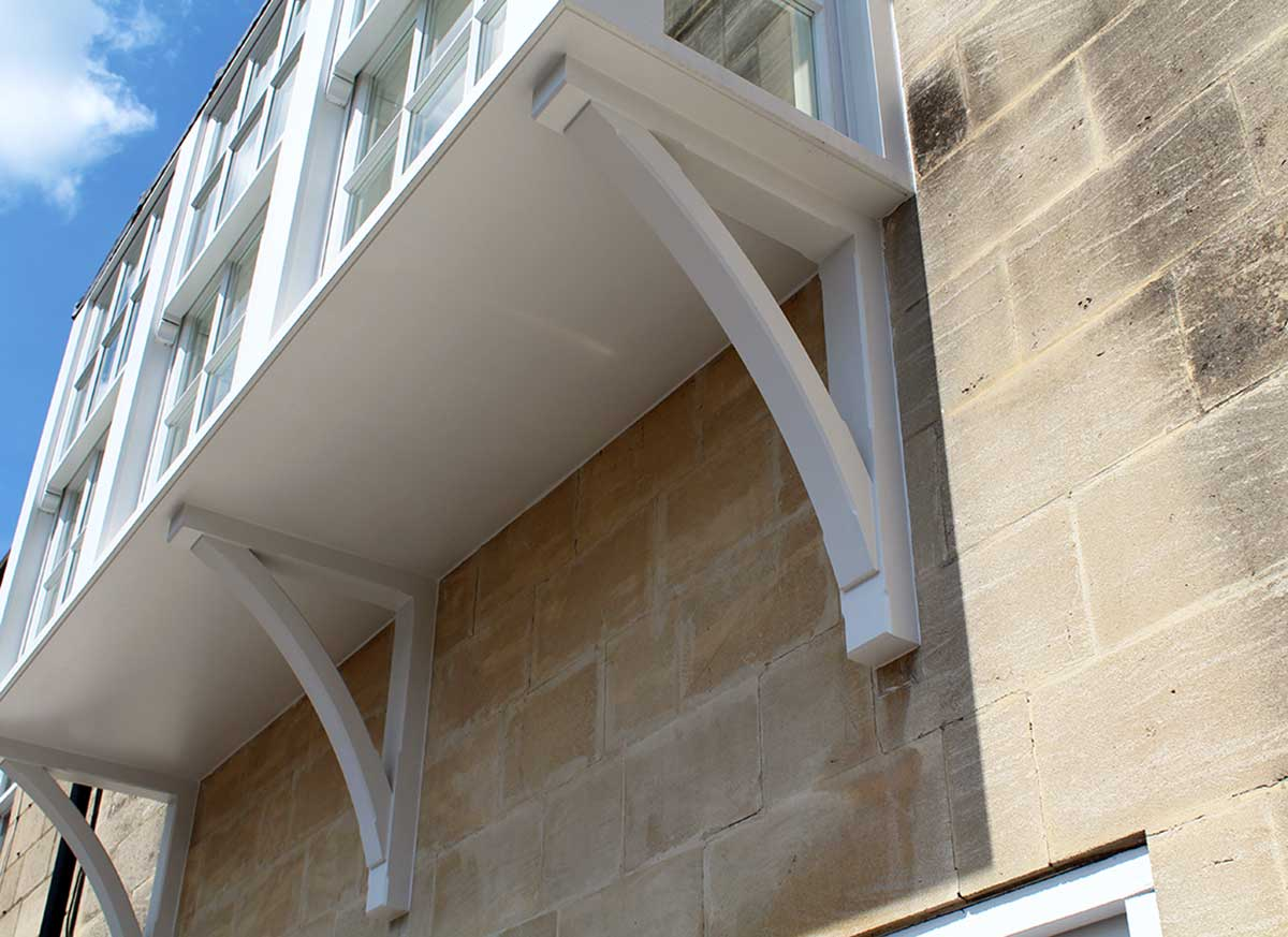 Detailing on the bottom of the bay window