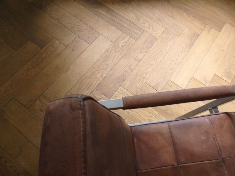 oak-parquet-flooring-leather-chair