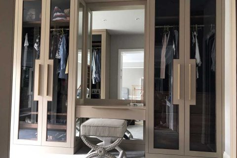 master-bedroom-dressing-table