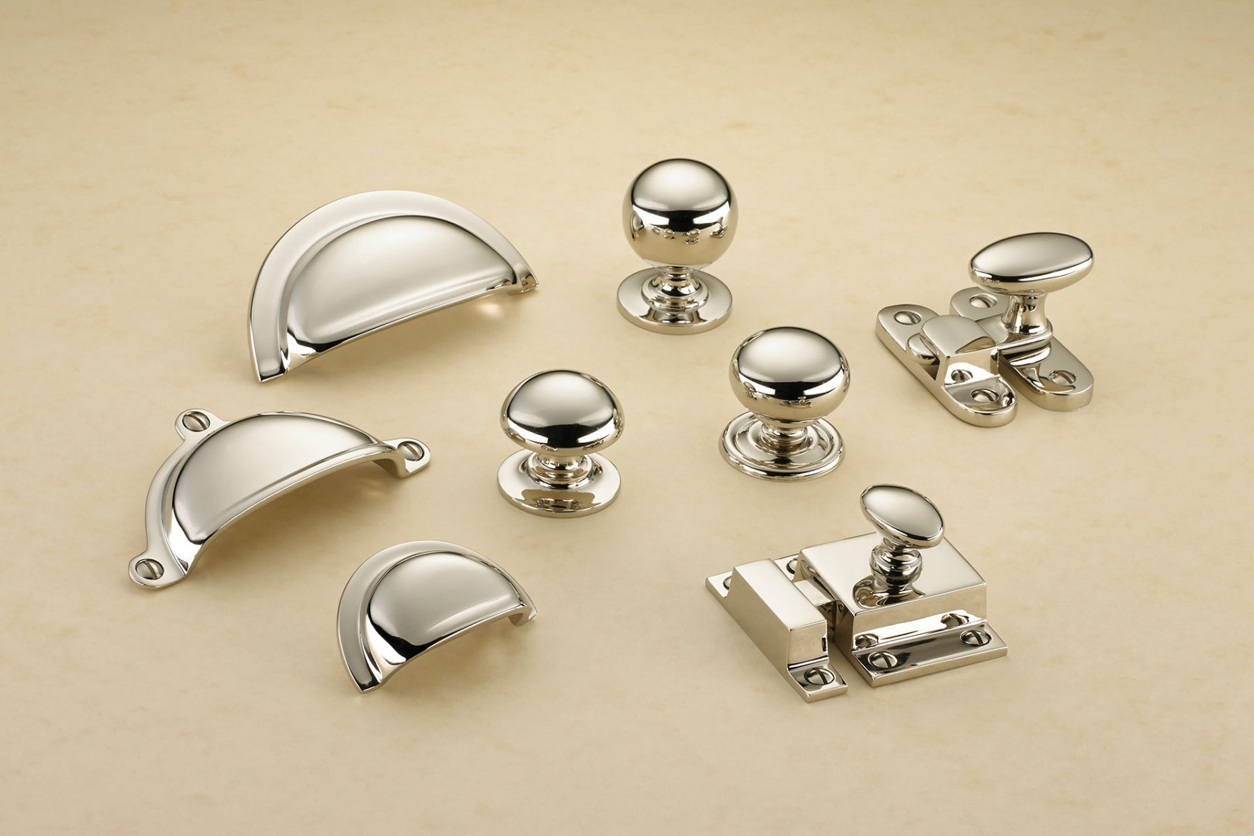 Kitchen drawer handles