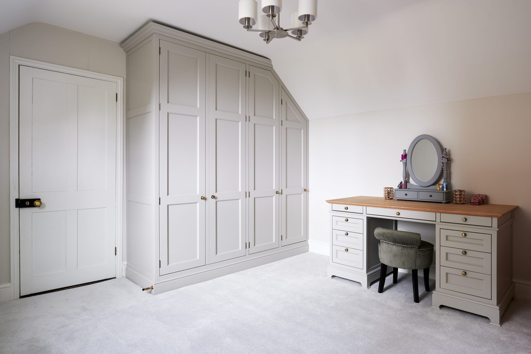Built in wardrobe with matching dressing table