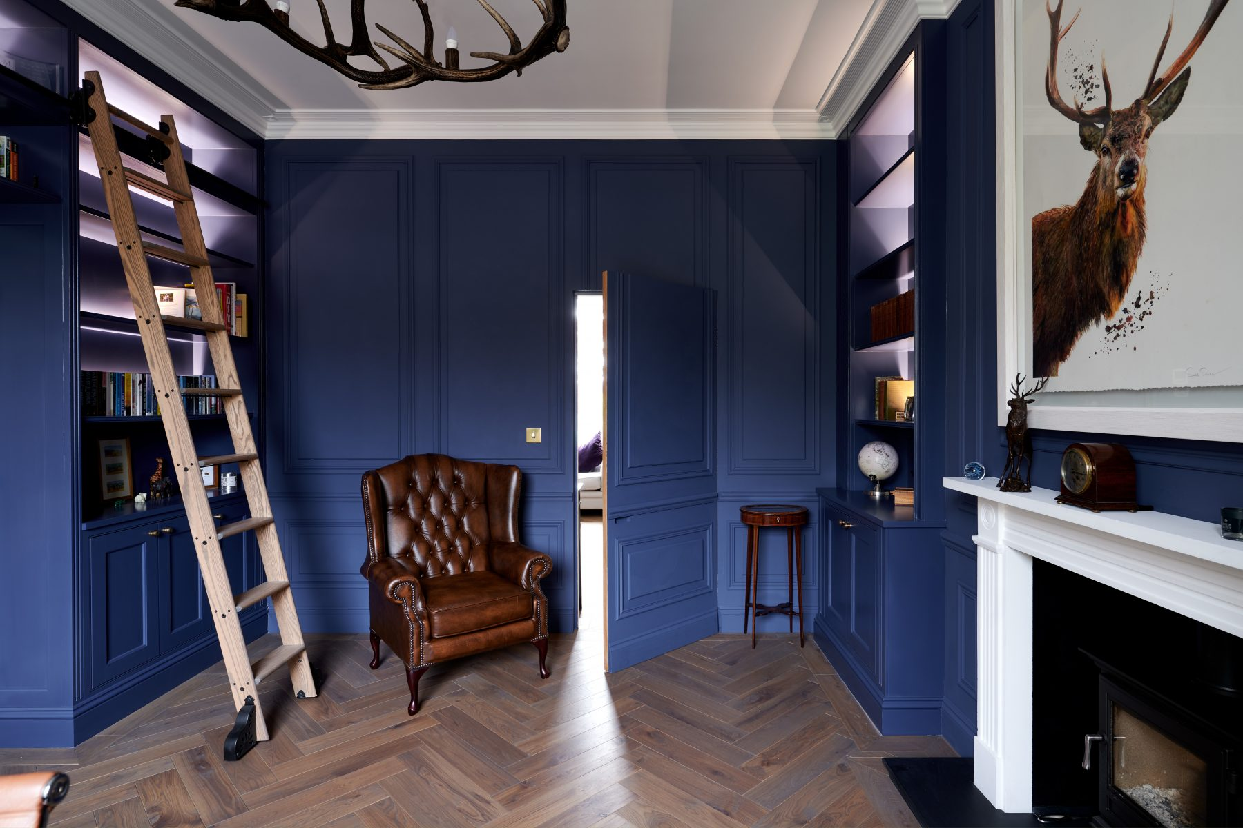 A secret door to separate the study and living room
